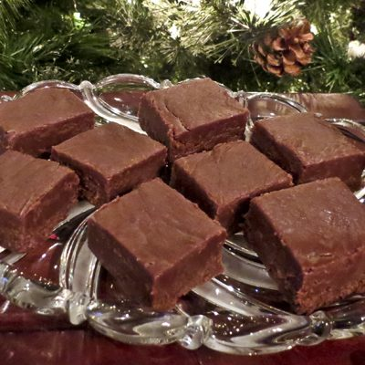 Christmas Kitchen: Chocolate Peanut Butter Fudge