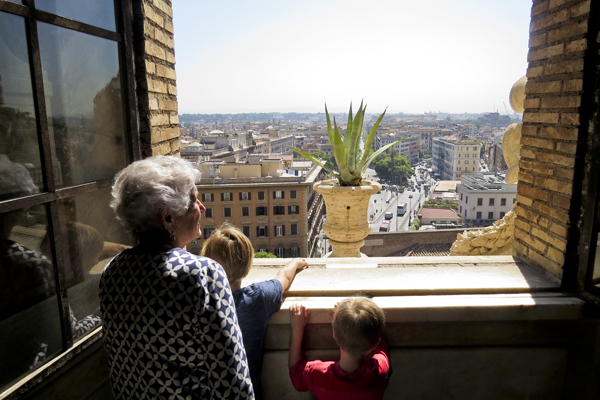 Dédi and the boys checking out the view form the Vatican Museum
